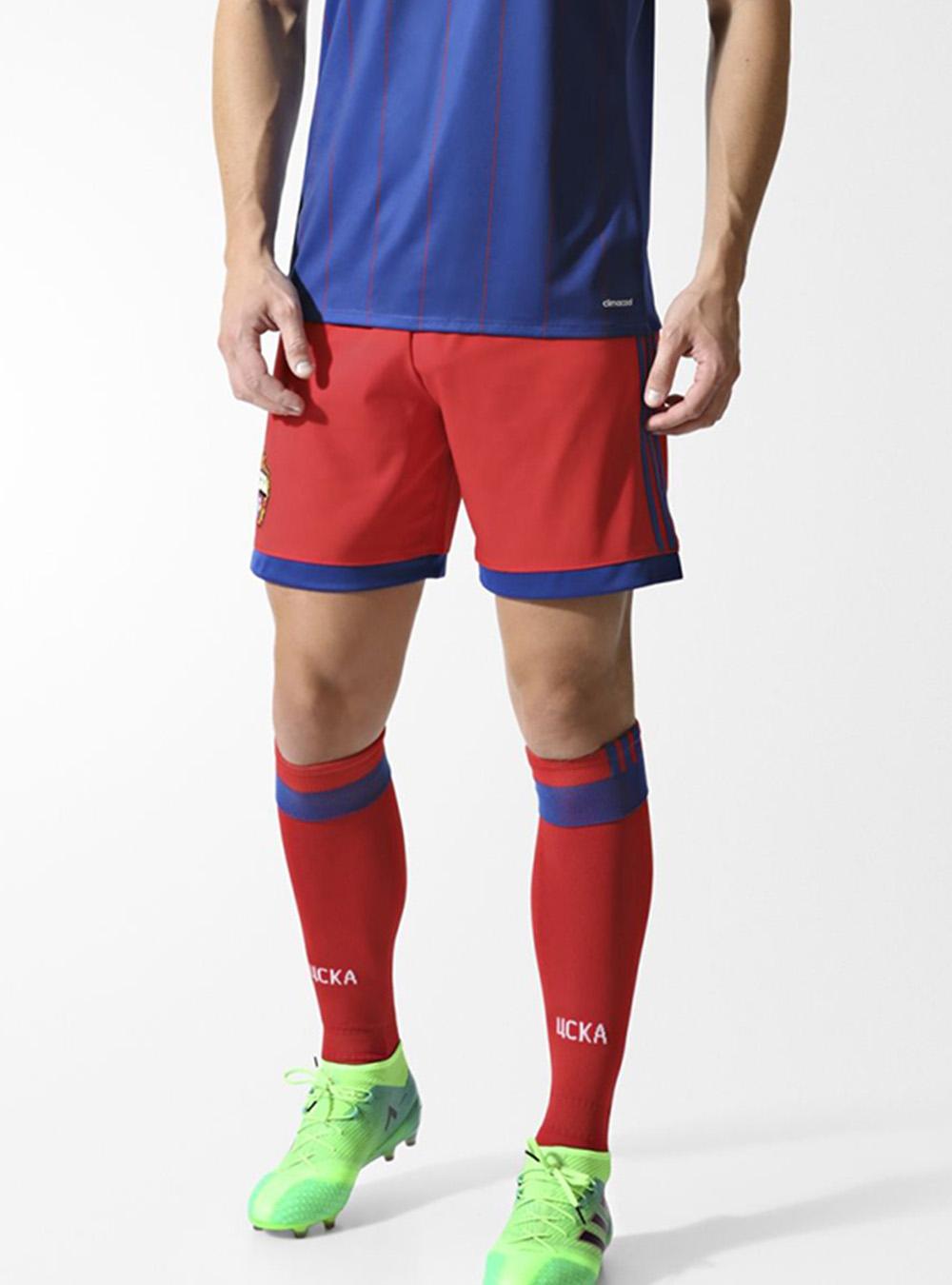 Игровые шорты домашние (оригинал), цвет красный (L)Игровая форма 2017/2018<br>Игровые шорты домашние (оригинал), цвет красный<br>